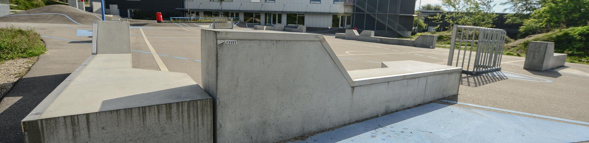 Slider_nederst_stoettemure_aarhus_cementvarefabrik